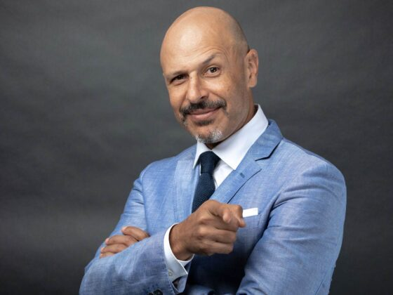 Maz Jobrani on Defining Moments with Suzanne Quast
